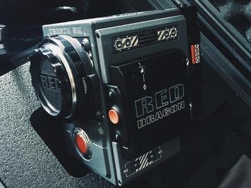 Red Dragon 5k w  Camera Operator