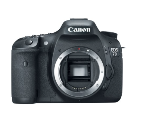 Canon 7D (Body Only) with Batteries, Media, Battery Grip