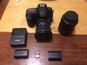 Rent: Canon 60D +  Lenses (See Description)