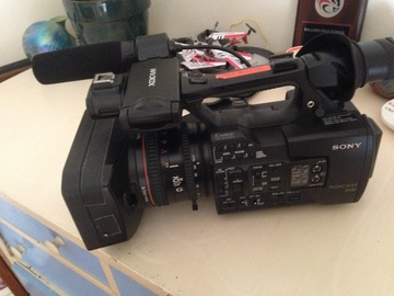 Rent: Sony PXW-X180 XDCAM Camera incl. Sony Ext. Shotgun Mike