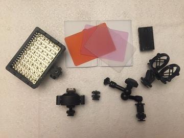 Rent: Hot shoe tripler, led light, mic holder kit