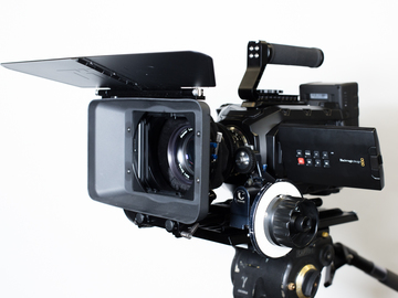 Rent: Camera Studio kit. Follow Focus, Matte Box, baseplate