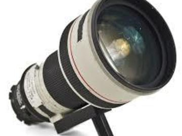 Rent: Canon 300mm T2.8 (Adaptable to EF ,PL,MFT & E-Mount)