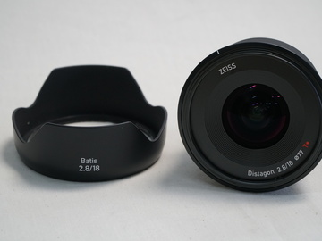 Zeiss Batis 18mm f/2.8 Lens