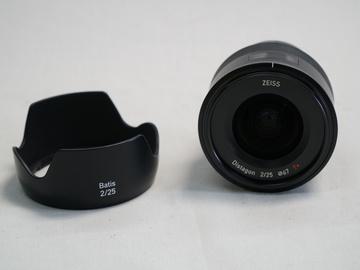 Rent: Zeiss Batis 25mm f/2 Lens