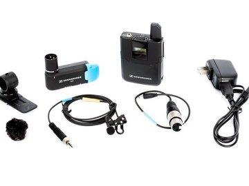 Rent: Sound Kit - run and gun 2x Senn AVX MKE2 - Tascam 70D