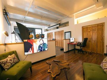 Rent: Photography Studio for Rent! $60 hr
