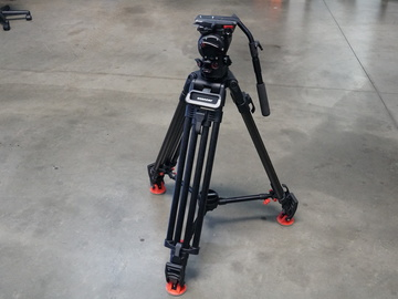 Rent: OConnor Ultimate 1030Ds Fluid Head and Tripod