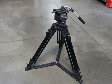 Rent: OConnor 1030 Fluid Head and Tripod