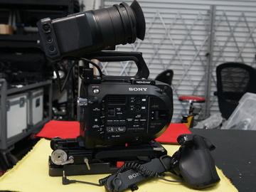 Rent: Sony PXW-FS7 XDCAM Super 35 Camera System Kit