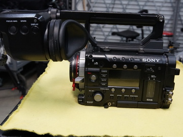 Rent: Sony PMW-F5 CineAlta Digital Cinema Camera Kit