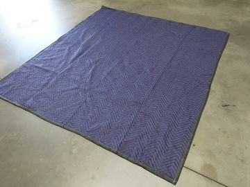 Rent: Furniture pad 72 X 80""