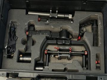 Rent: DJI Ronin-M 3-Axis Handheld Gimbal Stabilizer