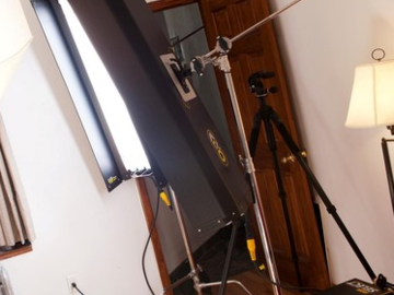 Rent: 4' 4Bank Kino + C-Stand Kit (Daylight Bulbs)