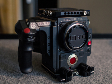 RED Epic-W with Helium 8k S35 Sensor - 512Gb Card Included