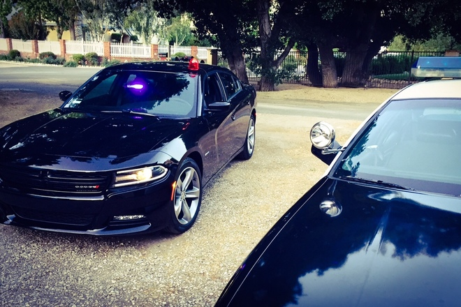 Dodge Charger Hemi V8 Detective/Undercover Cop Car