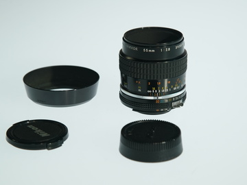 Rent: Nikon AIS F Mount 55mm 2.8 Prime lens