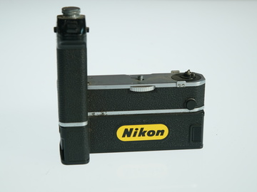 Rent: Nikon MD 1 Motor Drive with MB 1 Battery Pack for F2
