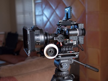 Rent: RED Epic Dragon - Director's Package