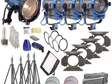 Rent: Arri kits 1x750, 1x300, 2x650