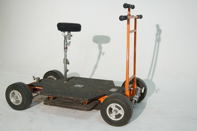 Matthews Round-d-Round Doorway Dolly