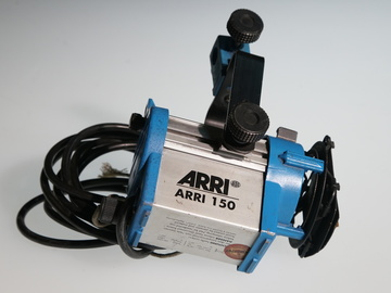 Rent: ARRI 150 200 Watt Tungsten Movie Light