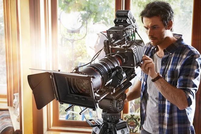 Blackmagic Production Camera 4K film production kit