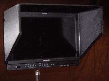 """17"""" Panasonic HD Field Monitor w/ c-stand, HD-SDI and HDMI"""