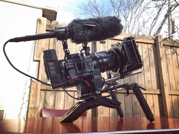 Rent: RED Weapon Helium 8K S35 + Shoulder Rig, Aks, OConnor Tripod
