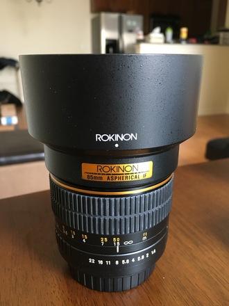 Rokinon 85mm f/1.4 Aspherical IF EF mount