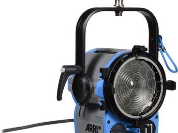 Rent: Arri T1 1000w Fresnel (1 of 2 )