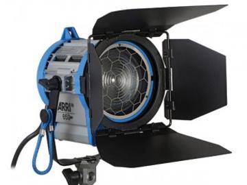 Rent: 3 Light Kit - 2 Arri 650's & 1K Open face