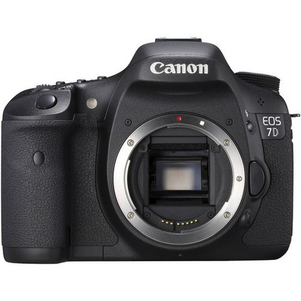 Canon EOS 7D Digital SLR (Body Only)