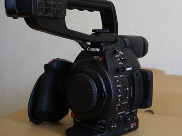 Rent: Canon C100 Mark II (Body Only)