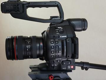 Rent: C100 Mark II Indie Package Lite (Lens/Tripod/Mic)