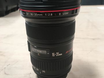 Rent: Canon EF 16-35mm f/2.8L II-L-Series USM Lens