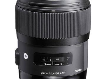 Rent: Sigma F1.4 35mm lens