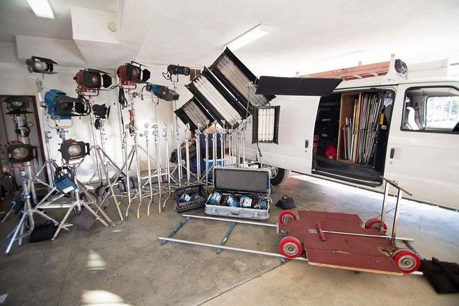 3 Ton Grip / Electric Van W/ M18/HMI's/Dana/LED