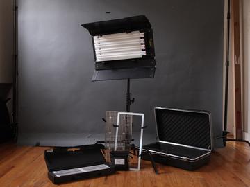 Rent: KinoFlo Diva 400 w/ baby C-stand