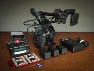 Canon C300 Mk I w/EF mount and Dual Pixel AF