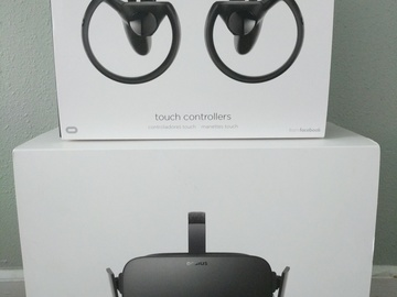 Rent: Oculus Rift + Touch Controllers