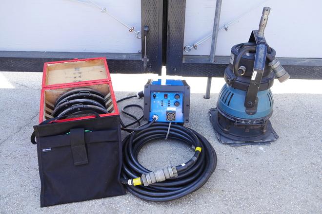 Arri 1.2k (1200w) HMI Par w/ Electronic Ballast (2 of 2)