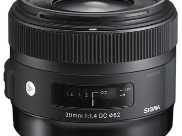 Sigma Wide Angle DC HSM 30mm f/1.4 Prime Lens