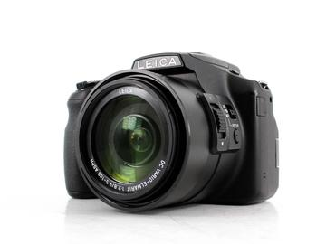 Rent: Leica V-Lux 4