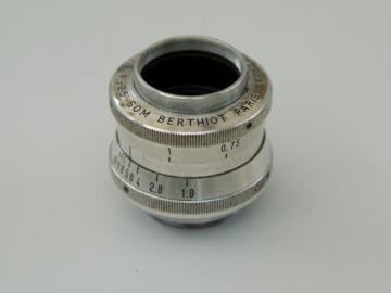 Rent: Som Berthiot 25mm 1.9 Cinor B cine lens, C mount