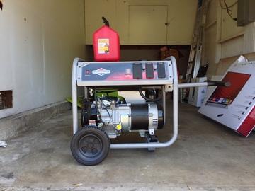 Rent: Briggs and Stratton 70amp Generator