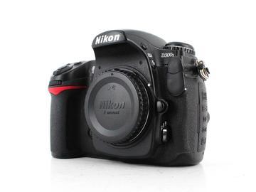Rent: Nikon D300s