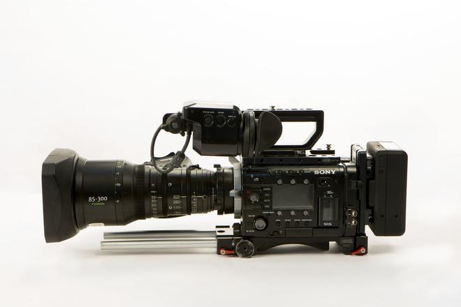 Sony F55 CineAlta 4K Digital Cinema Camera with RAW Recorder