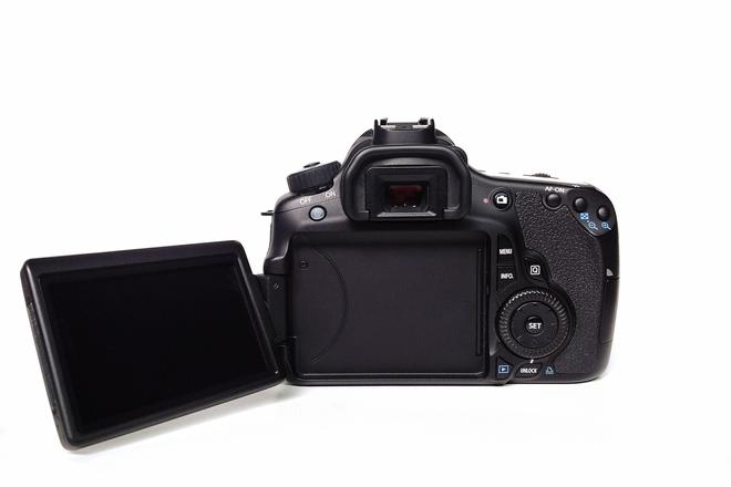 Canon EOS 60D DSLR Camera w/ Battery & media