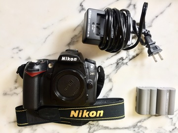 Rent: Nikon D90 body only with batteries, charger and media